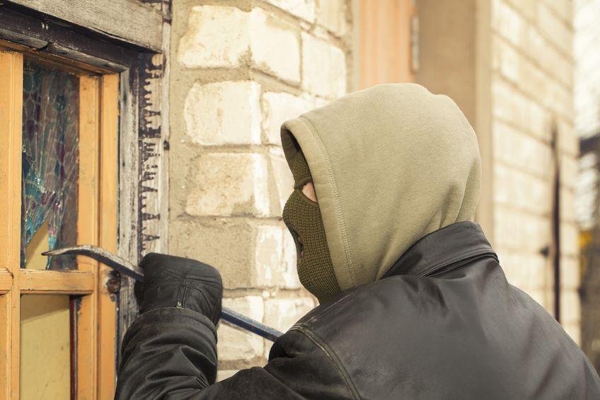 Confronting a Burglar