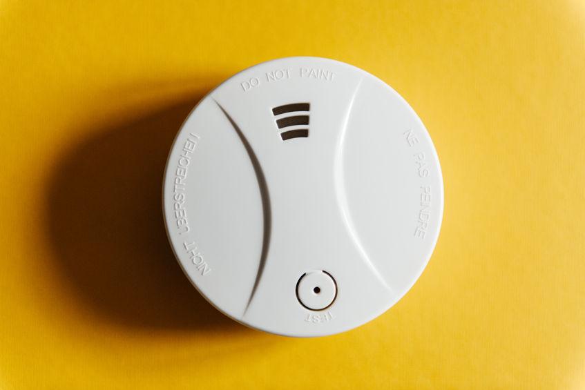 replacing-smoke-detectors